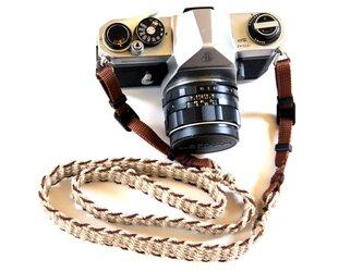 麻紐ヘンプカメラストラップBRW(ベルトタイプ)の画像
