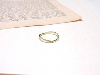 Brass curve ring(真鍮カーブ華奢リング)の画像