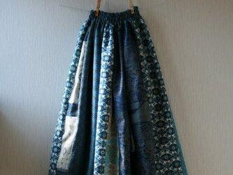 絹 ウール 綿ほか 青系 パッチワークギャザースカート Fサイズの画像