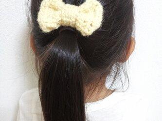 リボンのヘアアクセの画像