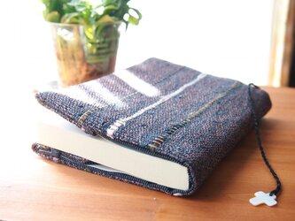 手織り・裂き織のブックカバーの画像