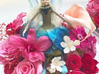【プリザーブドフラワー/オルゴールアレンジ】妖精と星に願いをの画像
