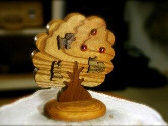 キラキラケヤキ樹のパズルの画像