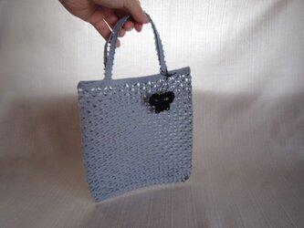 レース編みバッグ(水色)の画像