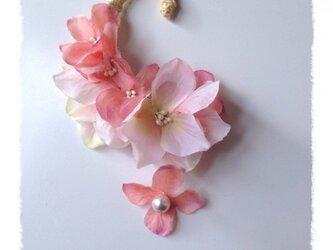 紫陽花のイヤーフックB  (ピンク&ピンク)右耳用の画像