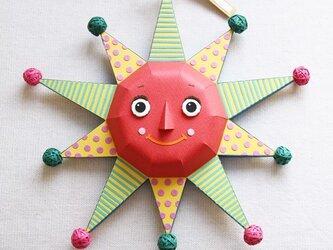 太陽のオーナメントの画像