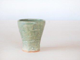 杯(薄緑色)の画像
