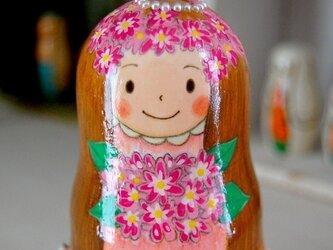 *マトリョーシカ*おきあがりこぼし*花束の女の子の画像