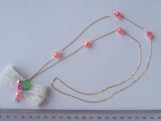 ポップカラーのネックレスの画像