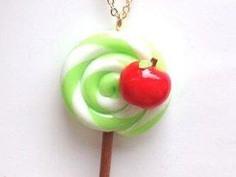 林檎の木キャンディネックレスの画像