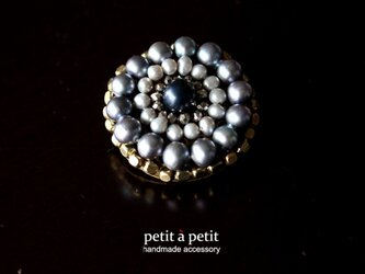 *Antique navy pearl brooch no6*の画像