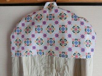 洋服カバー 花柄風プリント 普通サイズの画像