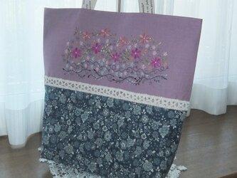 SOLD 大人カラフル花刺繍とピンタックのバッグの画像
