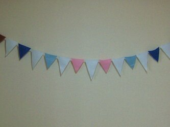 flag garland (calor & white)の画像