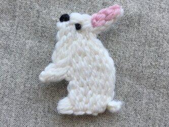 ウサギ*ブローチの画像
