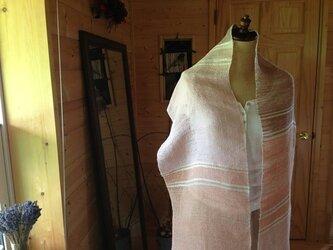 手織りリネンストール「The Veil of Angel」ピンクの画像