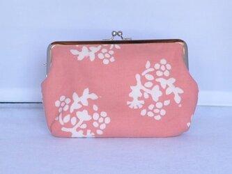 草木染&手縫/がま口(通帳ケース)/ ピンク花柄の画像