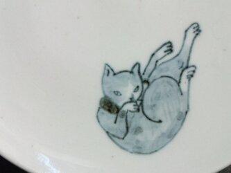 染付5寸猫皿 24の画像