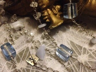天然石ロングネックレスの画像
