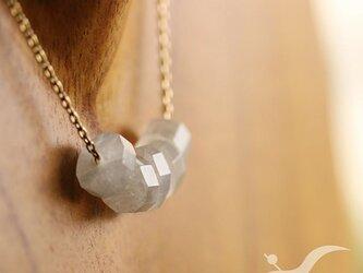 ロイヤルブルームーンストーンのシンプルネックレスの画像