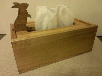 ☆受注製作☆ウサギが遊ぶ木製ティッシュケース☆MWの画像