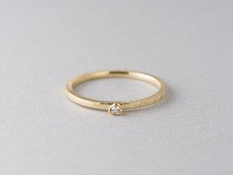お花と棘のダイヤモンドリングの画像