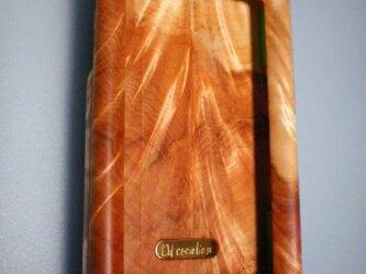 木製iPhoneケース(トチノキ・フルカバー)の画像
