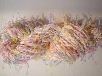 パステルヒラヒラ糸の画像