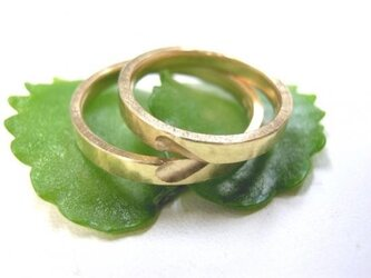結婚指輪☆ゴールド製 打ち出し(鎚目・鍛造)平打ち ハートの画像