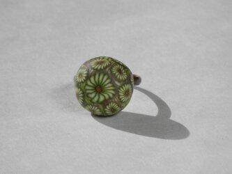 グリーンフラワーのリング(A)の画像