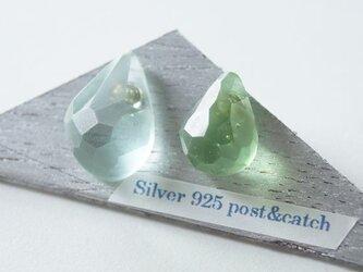 △▶▽ウミノナミナミダ SEA GLASS ピアス - g -の画像