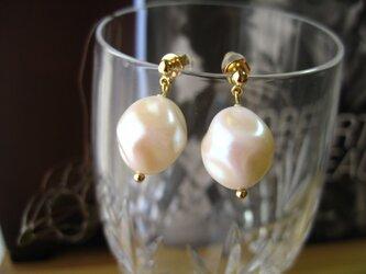 Baroque pearl pierceの画像