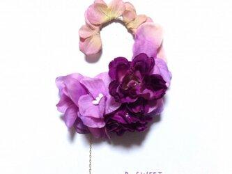 紫陽花とローズのイヤーフックB (パープル)左耳用の画像