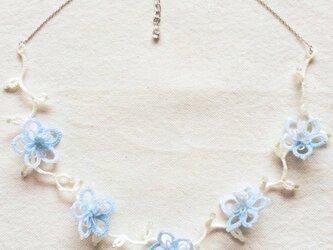 氷花のネックレスの画像