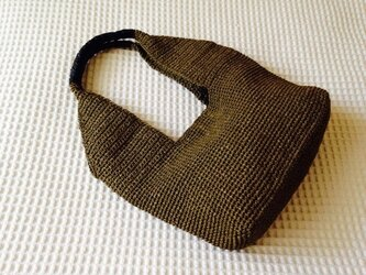 麦わら素材のナチュラルバック(茶色)の画像