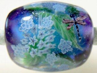 とんぼ玉古布ひもネックレス 八重咲き額紫陽花と糸蜻蛉の画像