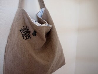 ONE-SHOULDER - embroideryの画像