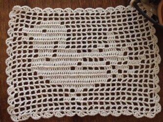 レース編みドイリー bird キナリの画像