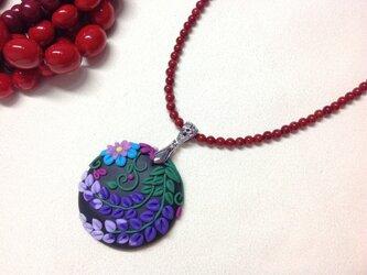 和柄のネックレス サンゴの画像