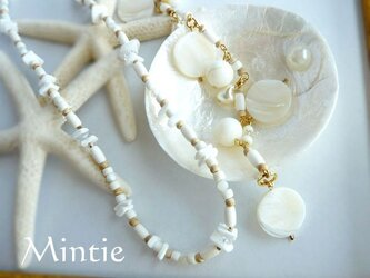 ホワイトシェル ネック&ブレスの画像
