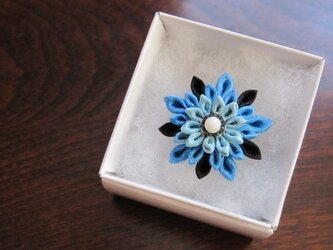 つまみ細工 指輪(正絹*大島紬*さんご)の画像