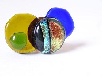 ガラス玉の帯留(ブルー)の画像