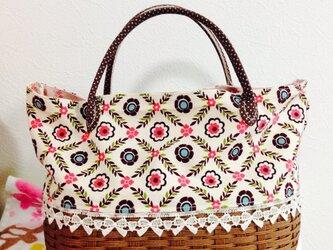 花柄かごハンドバッグの画像