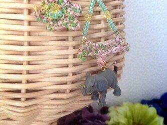 ★SALE★動物とお花の耳飾りシリーズ(ハッピーゾウさん)の画像