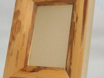 ヒノキの額縁・フォトフレーム2・葉書サイズになりますの画像