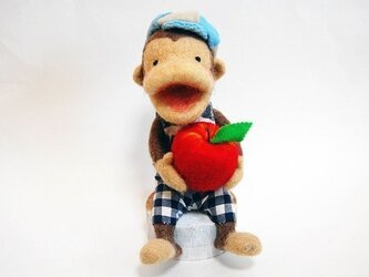 リンゴを持ったモン吉の画像
