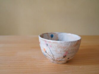 粉引星のお花お茶碗。の画像