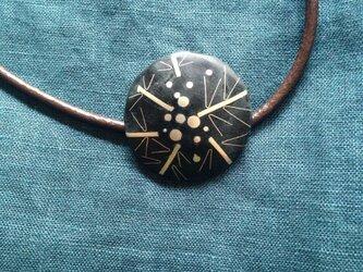 七宝焼ペンダント  ネックレス  黒の画像
