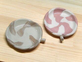 キャンディーの皿の画像