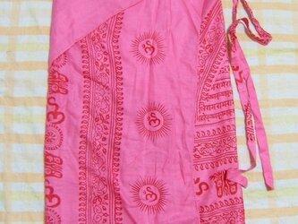 インド布の巻きスカート ピンクの画像